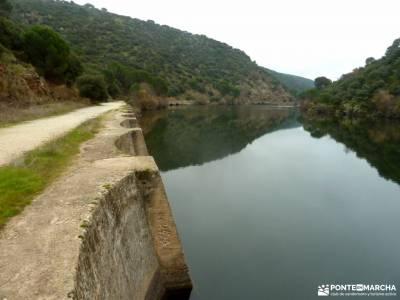 Garganta Picadas_Via Verde Alberche;senderismo personalizado fin de semana romantico escapadas fin d